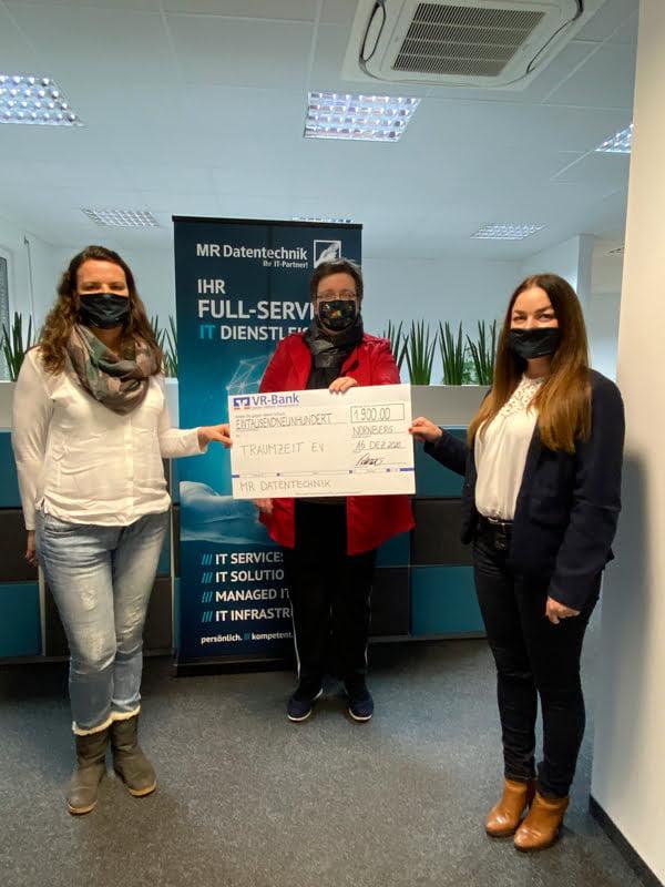Spendenübergabe Traumzeit Regensburg