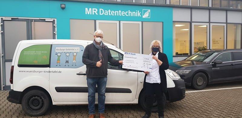 Spendenübergabe Würzburger Kindertafel