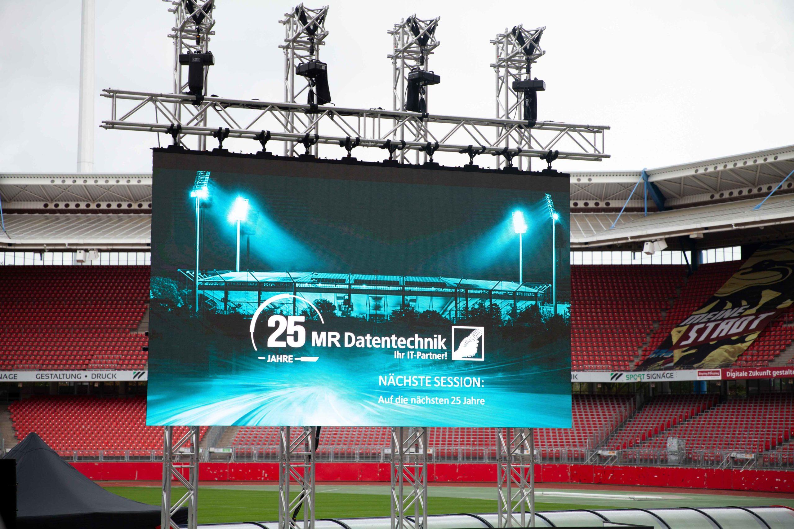 25 Jahre MR Hausmesse im Max-Morlock-Stadion