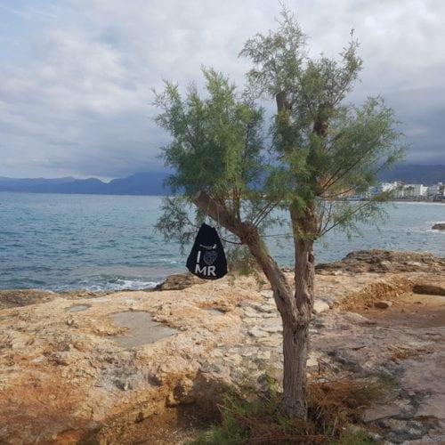 I love MR Beutel an einem Baum auf Kreta