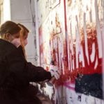 Teilnehmer beim Graffiti Workshop